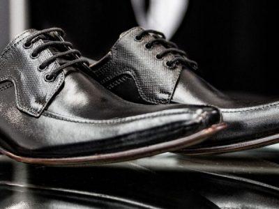 Como manter seus sapatos lustrados e conservados.